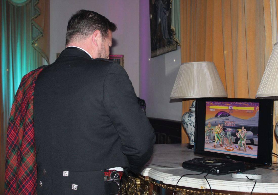 pure wedding djs arcade machine