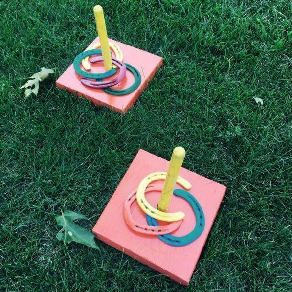 Bag toss game