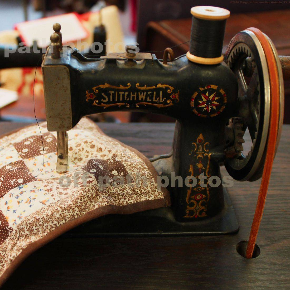 photography, antiques, sewing machine, quilts, art, cloth, thread, needles, spools