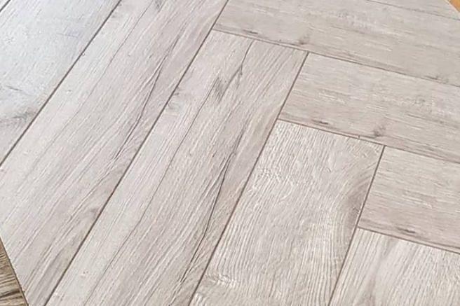 Grey Oak Herringbone