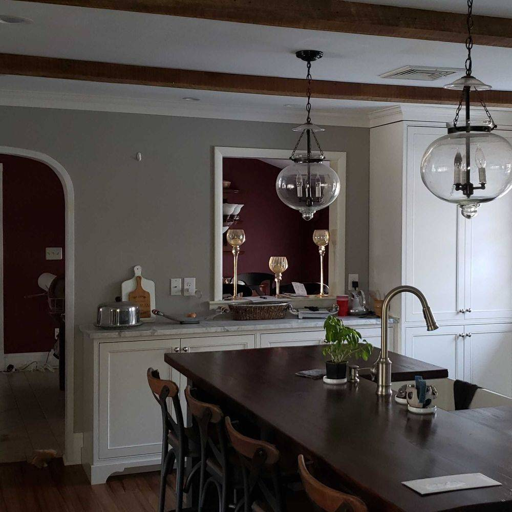Beautiful Newly Renovated Kitchen with Serving Hatch to Dining Room