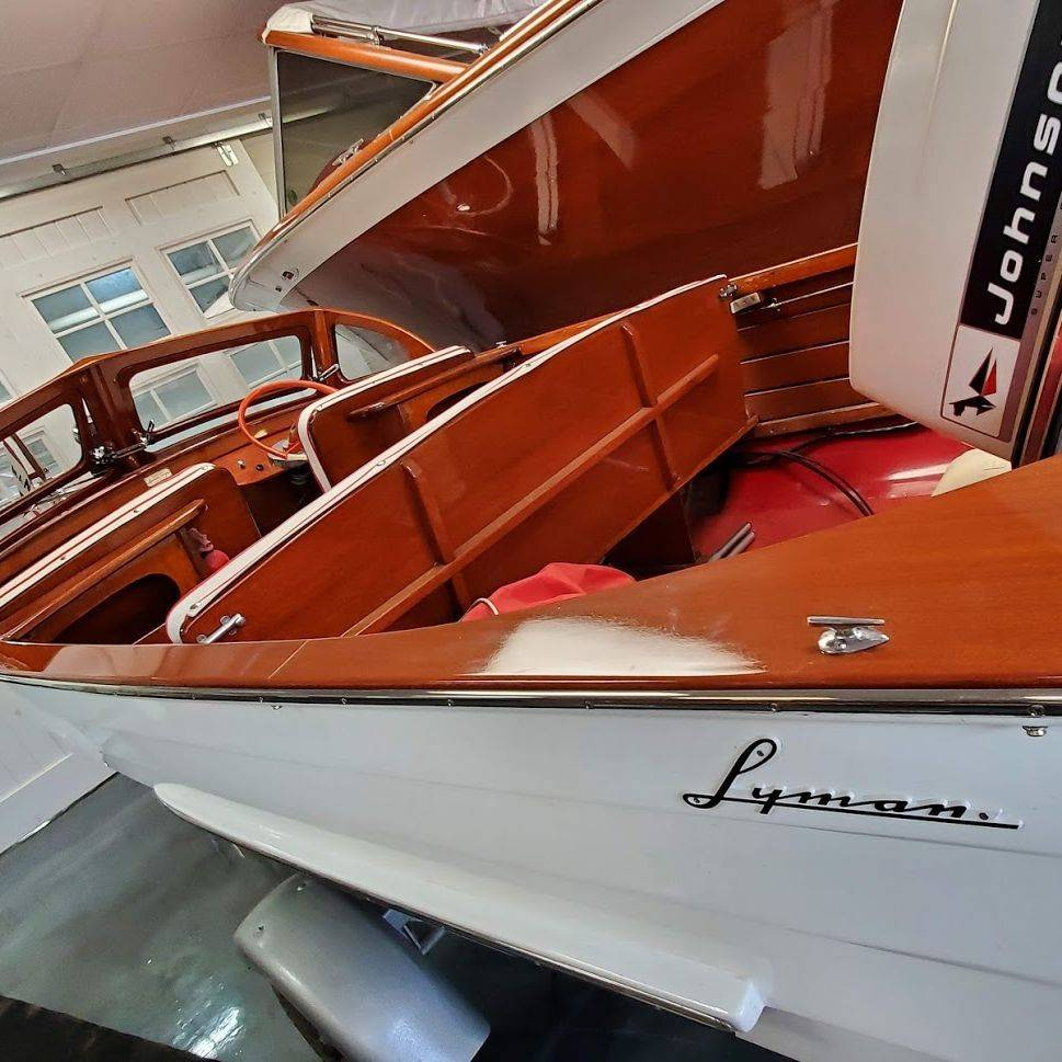 For Sale! 1959 15' Lyman Runabout