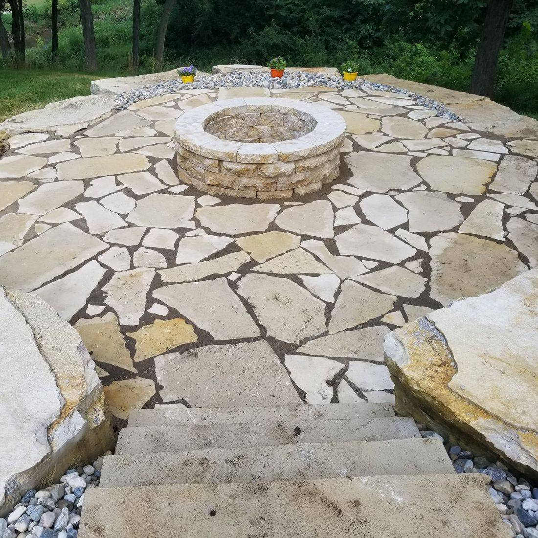 Stone, Rock wall, landscaping, boone, iowa, lawn care
