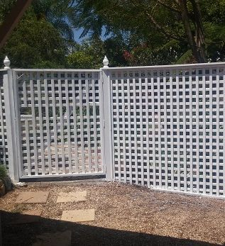 Painting Lattice Gympie