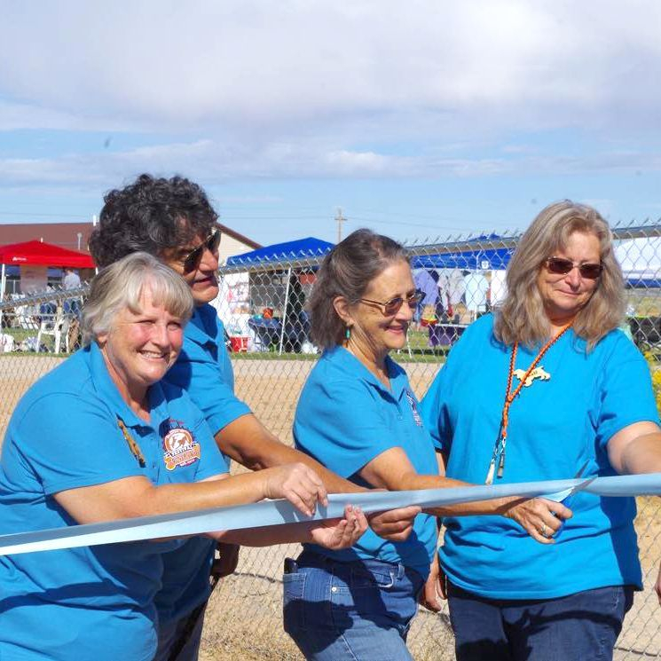Festival Country K9s team ribbon cutting.