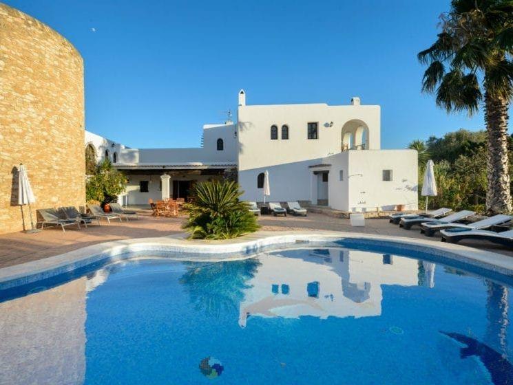 Holisitic treatments Ibiza, Yoga Ibiza, Ibiza Yoga Class