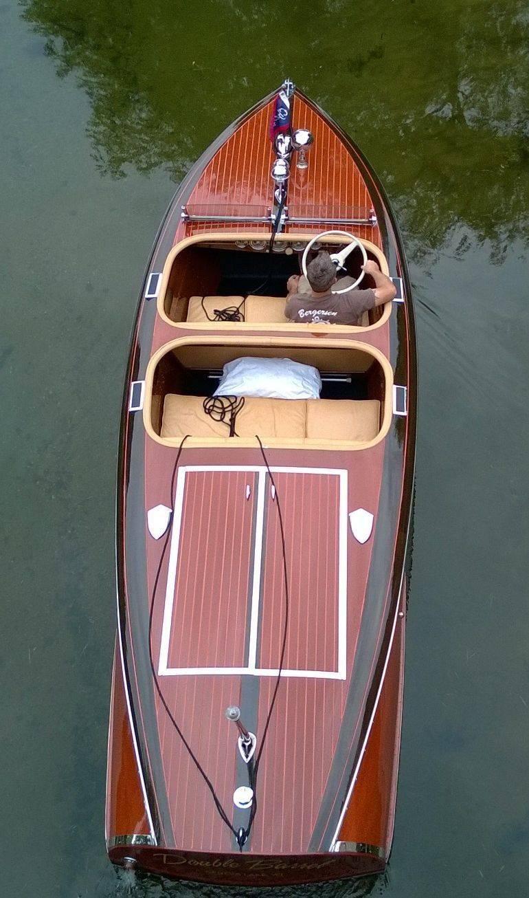 Bergersen Boat Co. Chris Craft Barrel back restoration