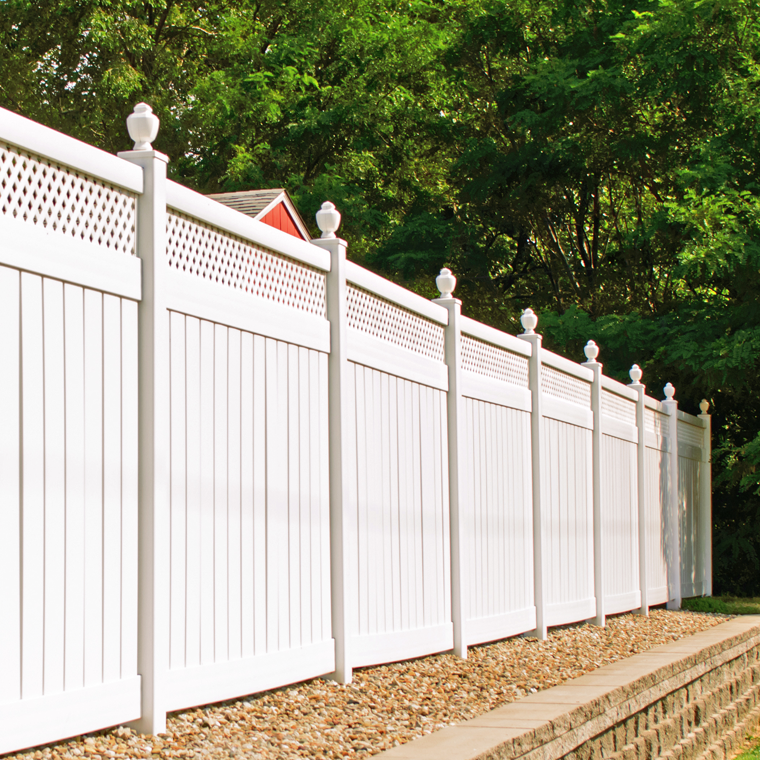 Vynil fence installation
