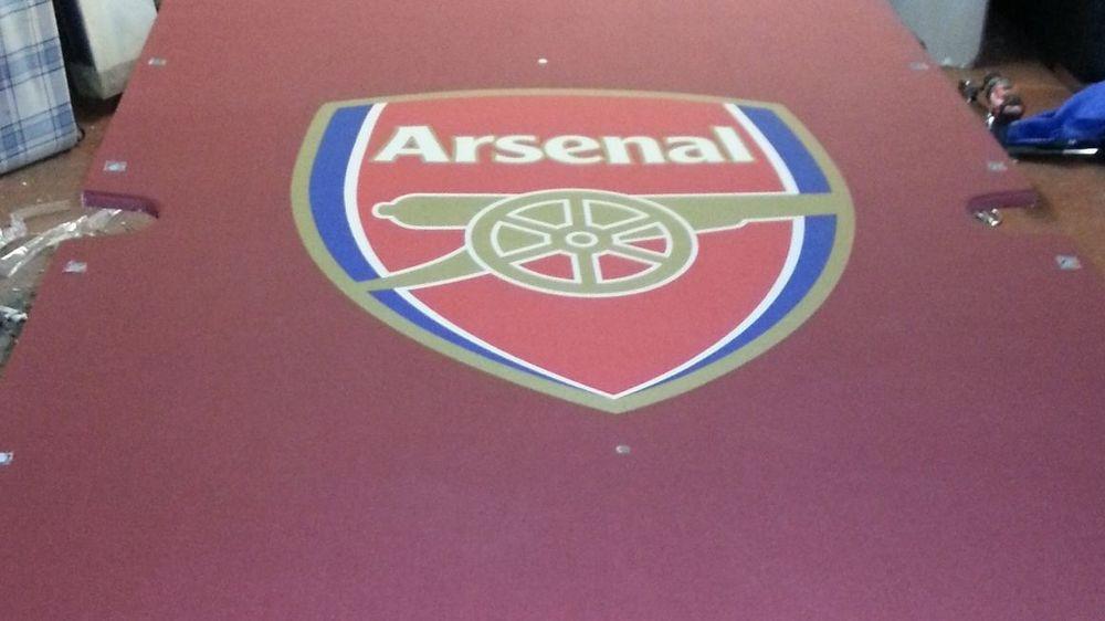Arsenal Logo Cloth Designed for Arsenal Goalkeeper Szczesny