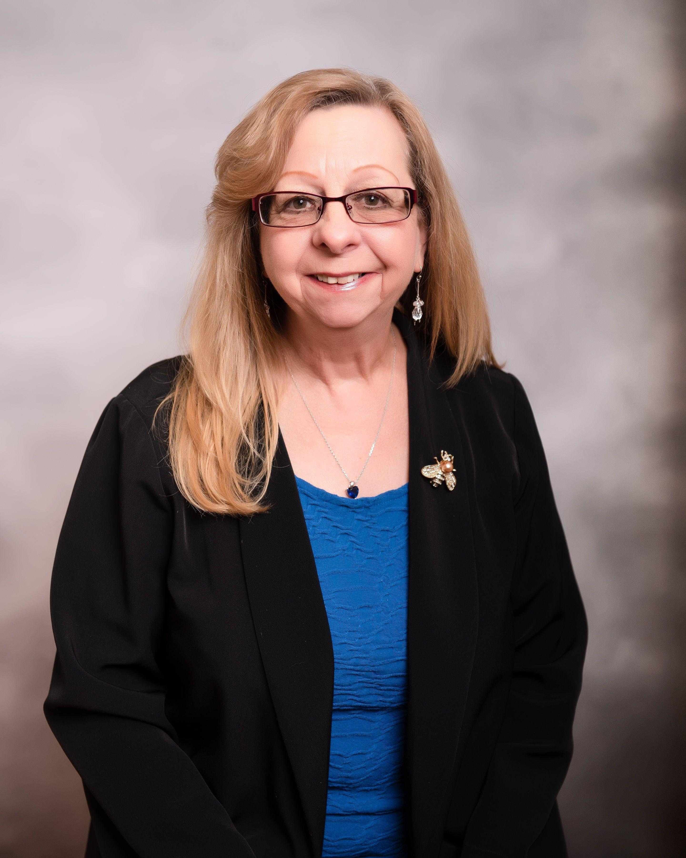 Linda Bee - Medicare Agent Columbus Ohio
