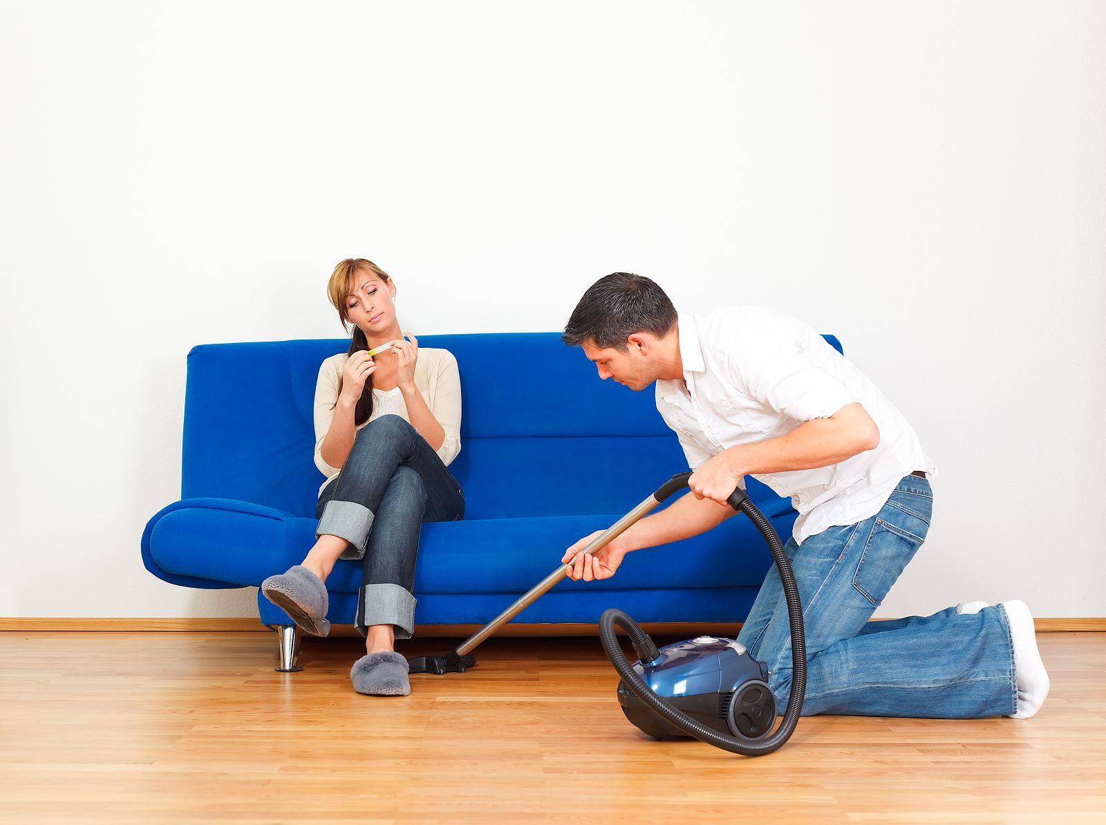 Картинка прикольная муж делает уборку, смех картинки