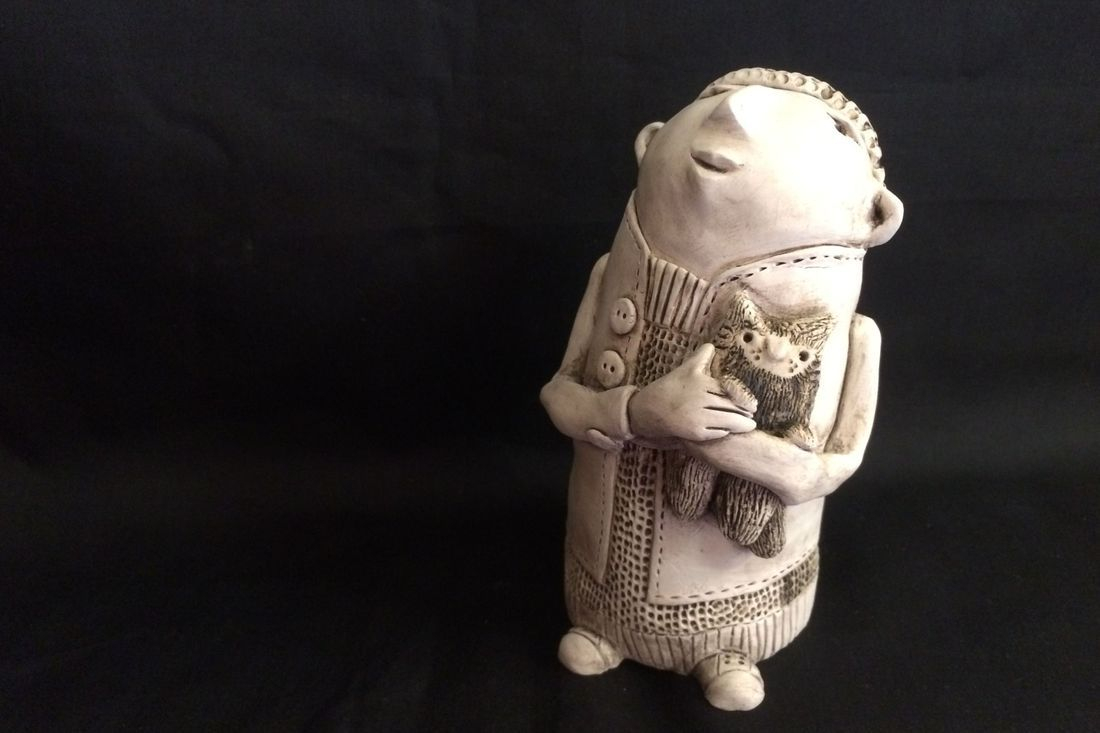 Ingrid Johannesson, Ingrid, Johannesson, clay, ceramic, colebrookestoneandclay, colebrooke,clay, handcrafted, hand, crafted, cat, cats, kittens, happy