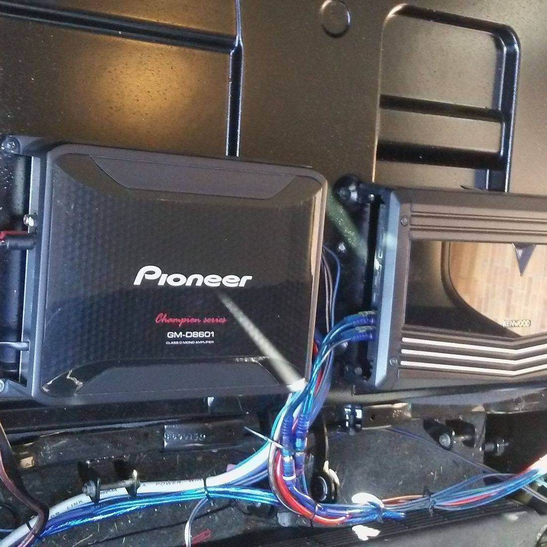 pioneer amp a&e customs installation