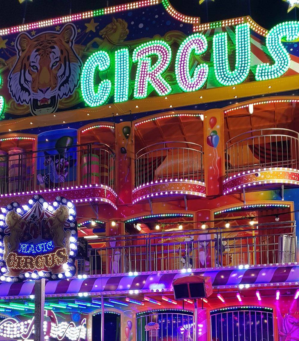 hyde park winter wonderland ,red buses of london, double decker buses of london ,selfridges oxford street london ,christmas shopping in oxford street london ,christmas lights in london ,oxford street london ,british & far east traders & partners, christmas time in london united kingdom, christmas in hyde park