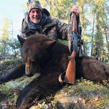 Manitoba, hunting and black bear hunts, black bear, hunting, Manitoba Canada