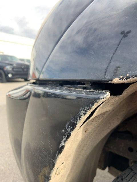 2006 Toyota 4 runner front bumper repair needed