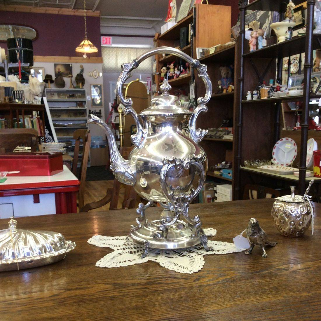 Vintage Sheridan Silver on Copper Tea/Coffee Tilt Server w/Sterno Warming Stand   $85.00