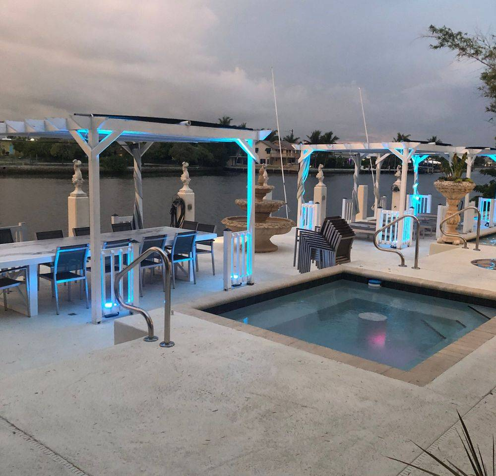 outdoor uplighting by Atlarge Sound