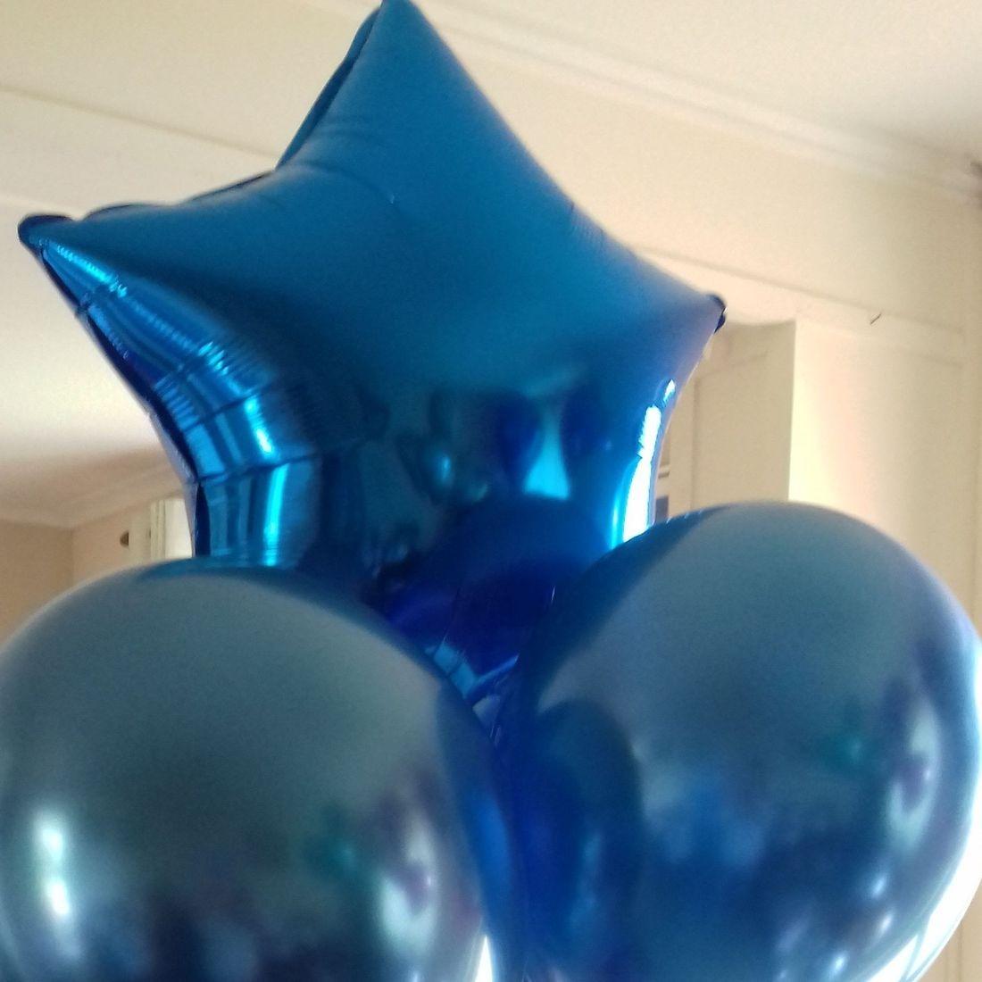 Chrome balloon bouquet