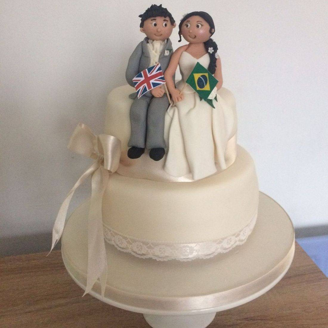 Uk meets Brazil  Personalised topper Wedding Cake