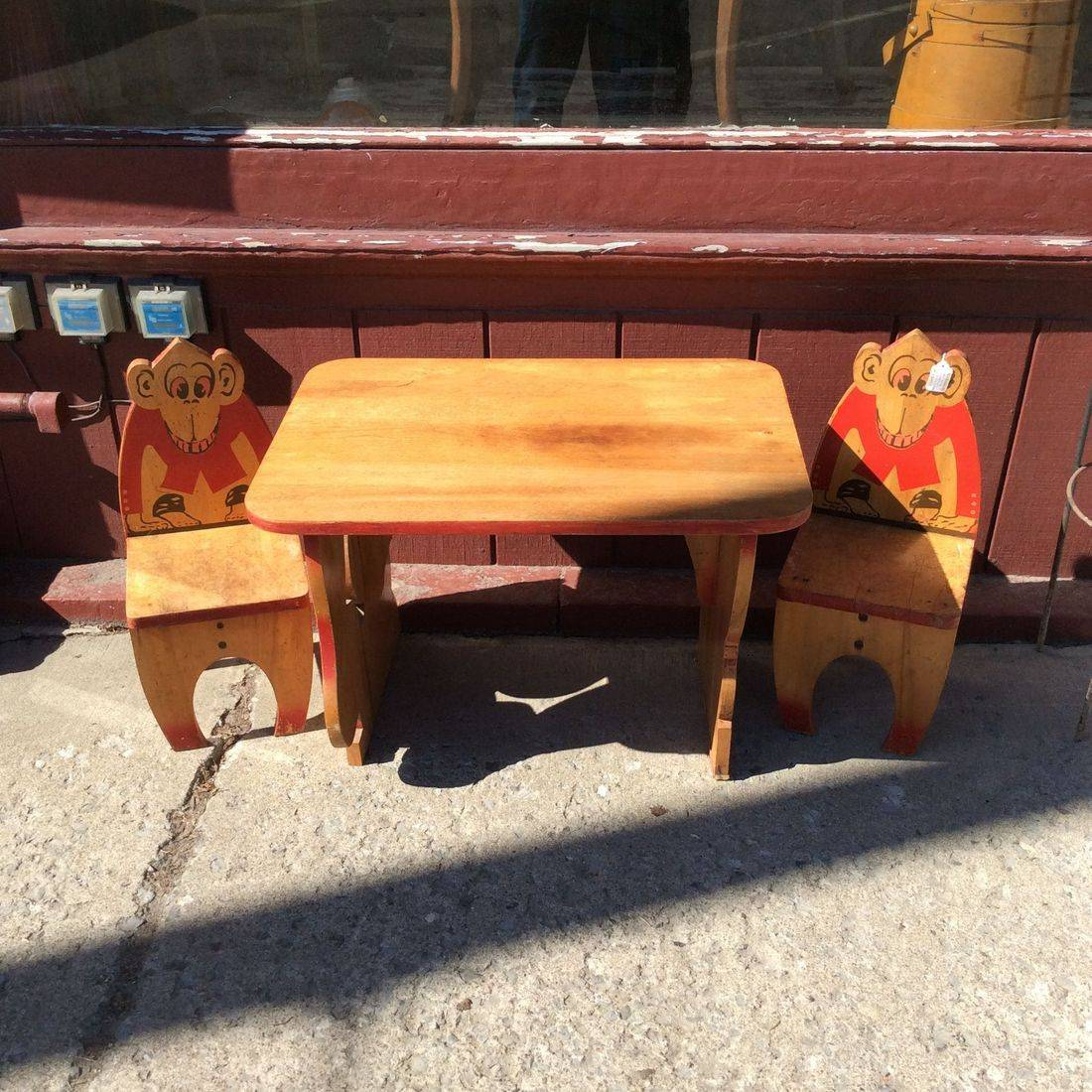 'Rare' 1930's Children's Table w/2-Chairs, Circus Animal Theme   $150.00