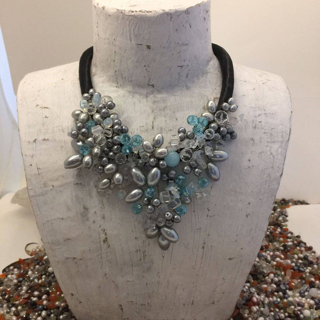 Crystal wire beaded necklace