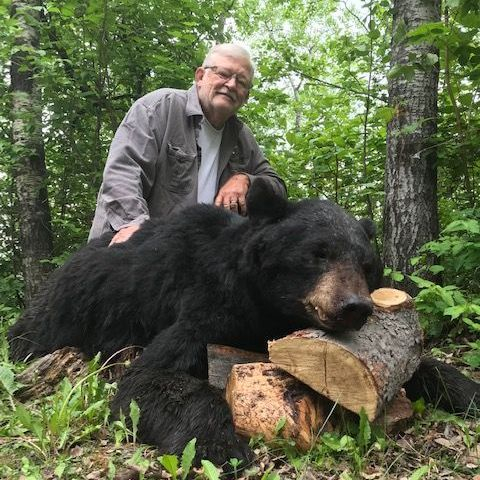 hunting and black bear hunts, black bear, hunting, Manitoba Canada