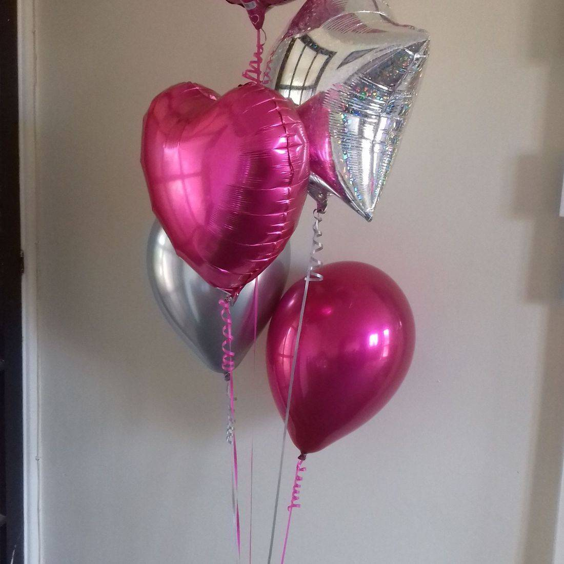 wedding balloon bouquet in pink and silver