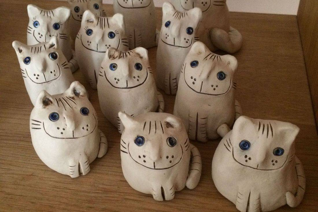 Ingrid Johannesson, Ingrid, Johannesson, clay, ceramic, colebrookestoneandclay, colebrooke,clay, handcrafted, handmade, crafted, cat, cats, kittens, happy