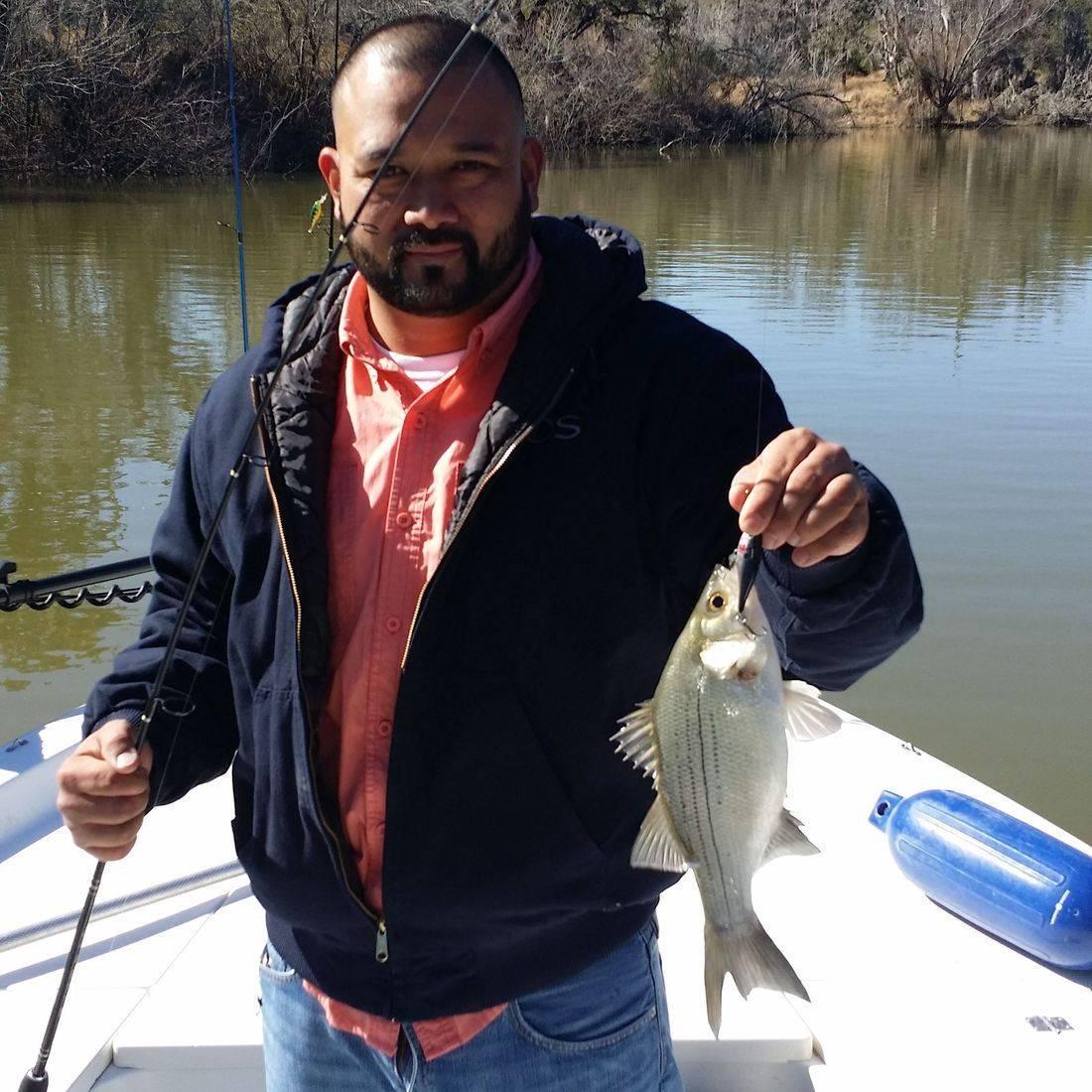 'Fishing Guides San Antonio' 'San Antonio Fishing' 'Fishing guide service' 'fishing charters and trips' 'Calaveras Lake Fishing Guides' 'Braunig Lake Fishing Guides' 'Canyon Lake Fishing Guides' 'Choke Canyon Reservoir fishing guides' 'guided fishing tours' 'Alamo and River walk tourism'