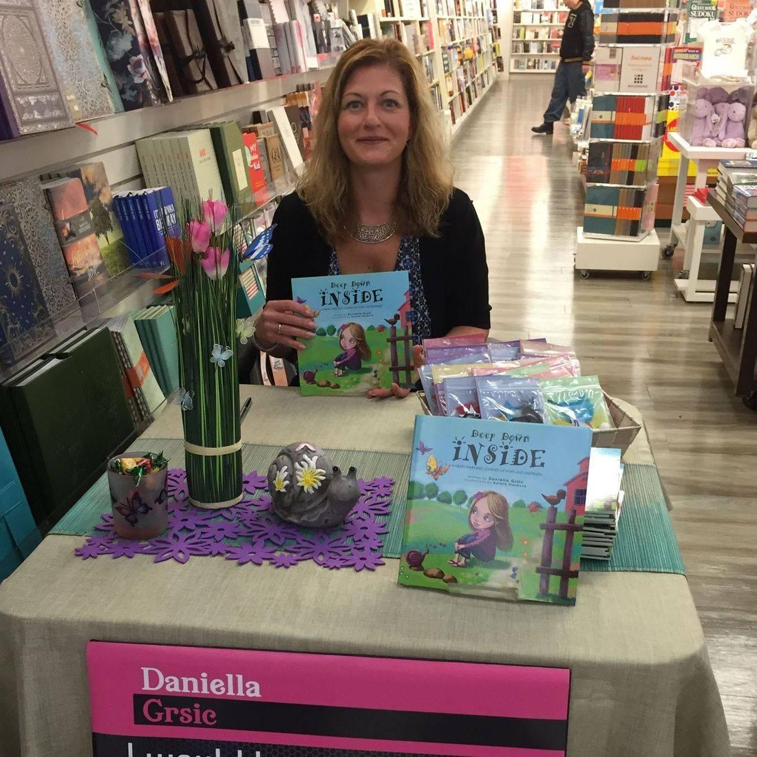 Books by Daniella Grsic