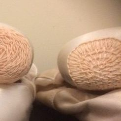 Darning, pointe shoes, dancing