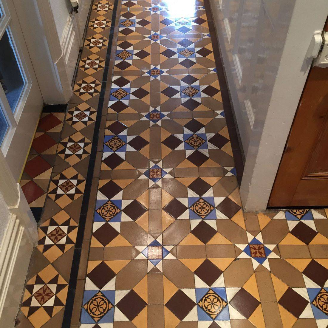 Cleaning minton, terracotta and quarry  tiles in  Leicester