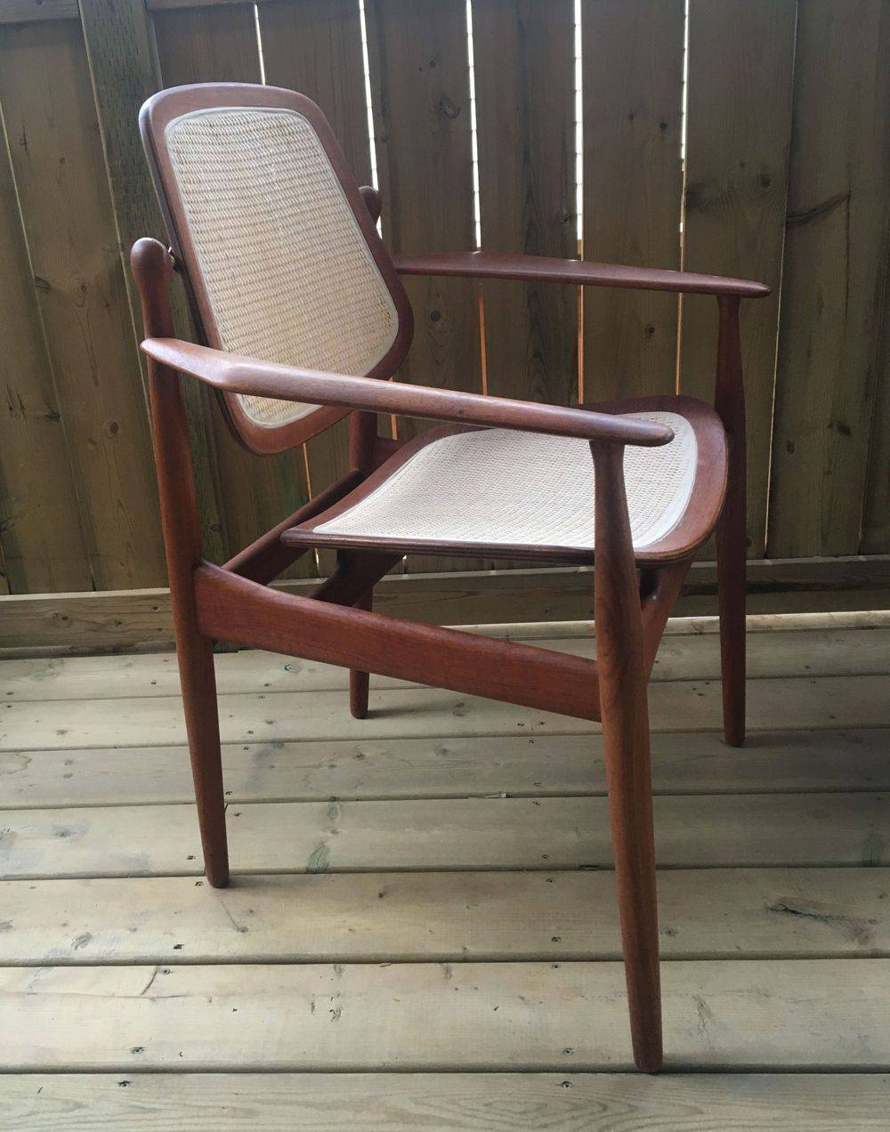 Armchair model FD186 designed by Arne Vodder and manufactured by France & Son, Denmark 1956.