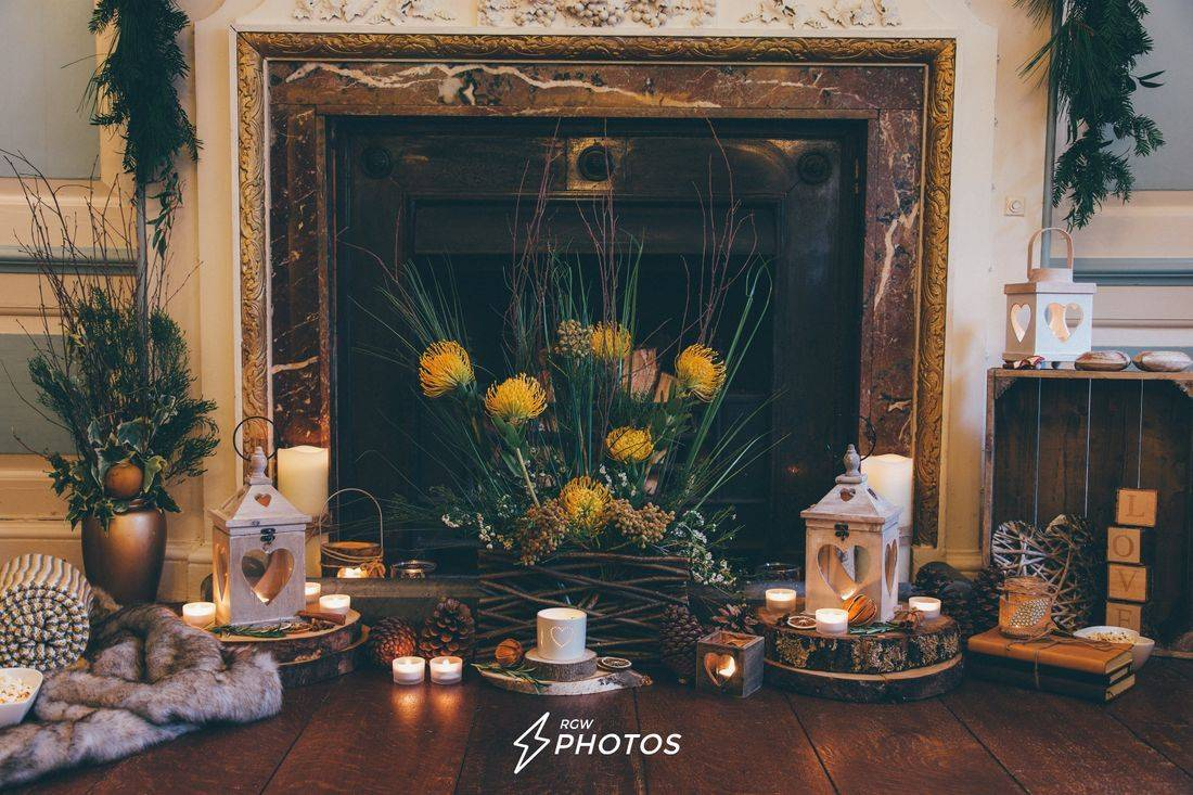 Rustic themed wedding decorations